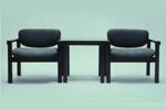 連続するテーブルと肘掛け椅子 1964